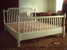 Ліжка двоспальні дерев'яні