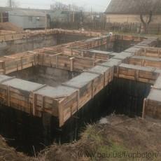 Будівництво стрічкового фундаменту. Весь комплекс робіт