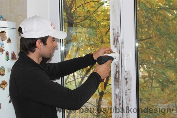 Новинка! Протизломна фурнітура для пластикових вікон