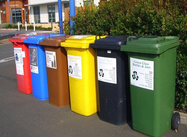 Перші в Україні центри переробки відходів планують побудувати у Києві