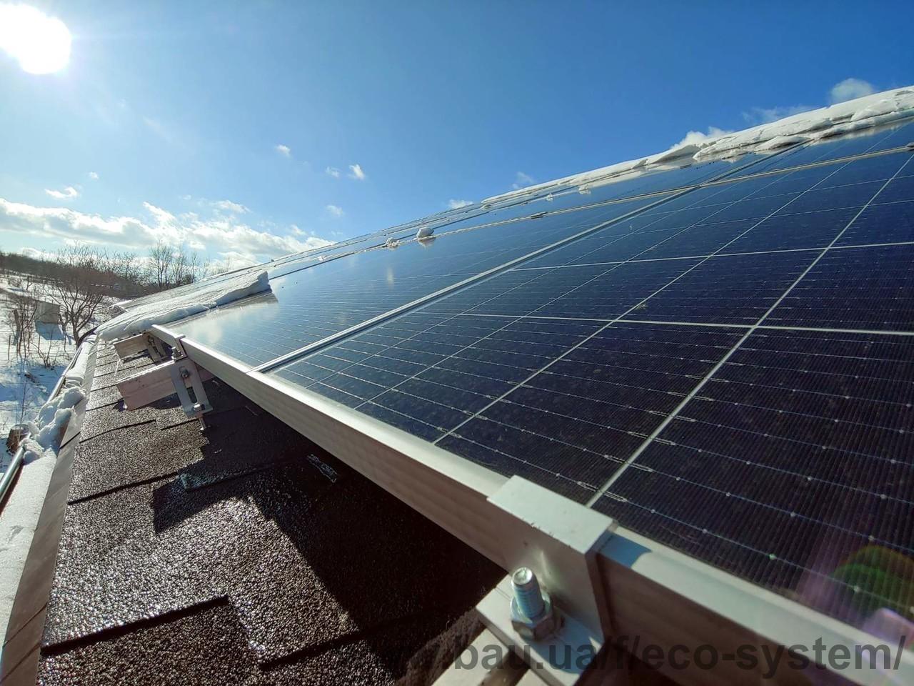 Змонтована гібридна сонячна станція на 30 кВт в Люботині
