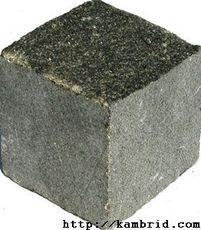 гранітна бруківка пиляна