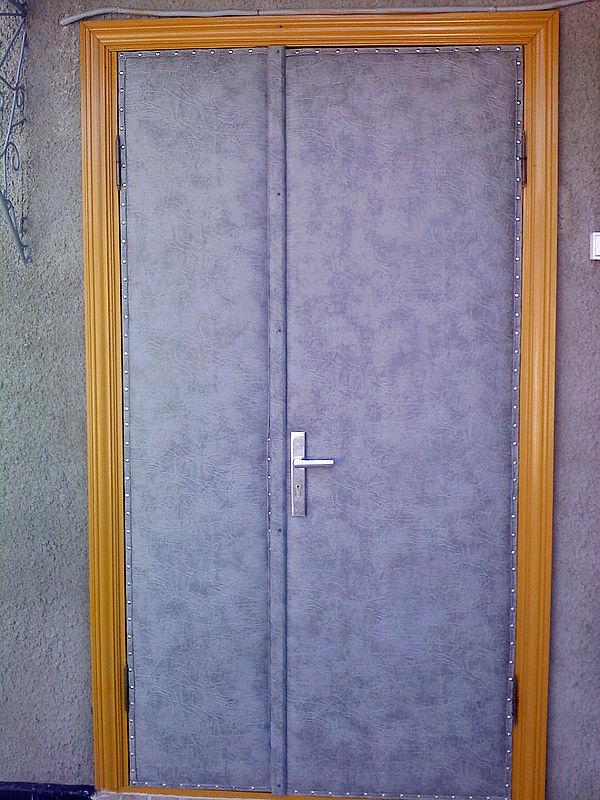 утепление входных двери
